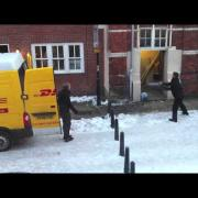 How DHL load their vans
